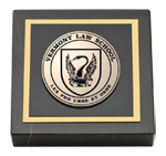 Vermont Law School Paperweight - Masterpiece Medallion Paperweight