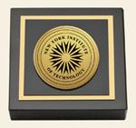 New York Institute of Technology Paperweight - Gold Engraved Medallion Paperweight