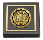 Iowa Wesleyan College Paperweight - Gold Engraved Medallion Paperweight