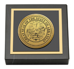 State of Arkansas Paperweight - Gold Engraved Medallion Paperweight