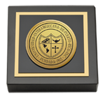 Universidad Interamericana de Puerto Rico Paperweight - Gold Engraved Medallion Paperweight