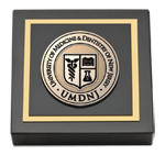 University of Medicine and Dentistry of New Jersey Paperweight - Masterpiece Medallion Paperweight